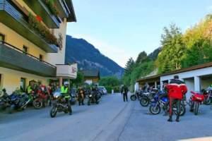 /resources/preview/103/hotel-kajetansbruecke-ein-bikerhotel-mit-stil.jpg
