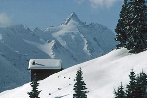 /resources/preview/103/image-ski-fahren-im-tirol-urlaub.jpg